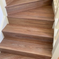 Hybrid-Spotted-Gum-Stairs-3