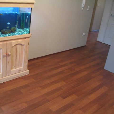 8 Laminate Floor W. George